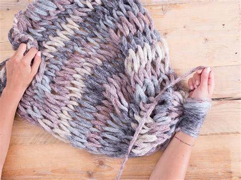 Decke Mit Armen by Die Besten 25 Wolldecke Stricken Ideen Auf