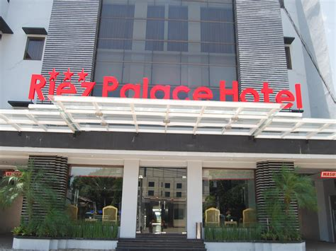 agoda tegal riez palace hotel tegal indonesia great discounted rates