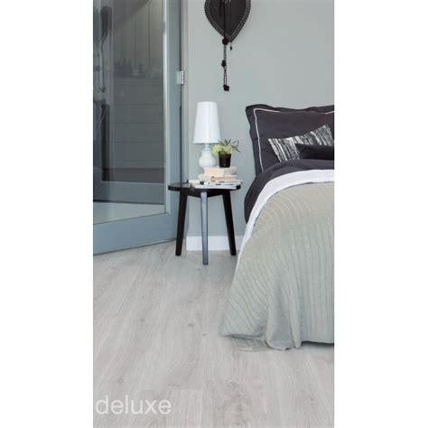 pavimento in pvc autoadesivo stratificato pavimenti vinilici adesivi flexffloors
