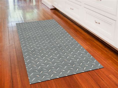 Garage Floor Runner Mat by Garage Mat Steel Pattern In Garage Floor Protection