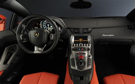 Lamborghini Aventador Interior Photo 6