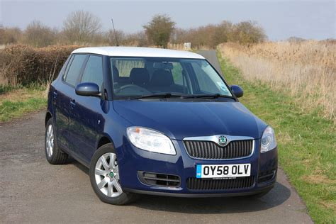 cost of skoda fabia skoda fabia hatchback review 2007 2014 parkers