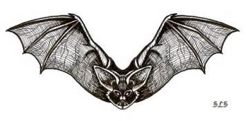 gothic bat by slayersyrena on deviantart