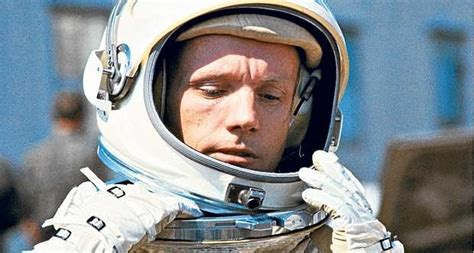biography neil armstrong astronaut challenge yourself to do the unthinkable the neil