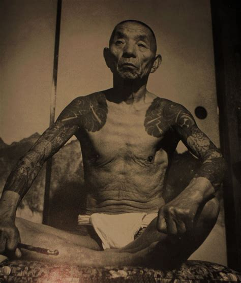 yakuza gangster tattoo japanese gangster vintage photos of yakuza with their