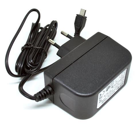 Adaptor Micro Usb 5v 2a adaptor dve 5v 2a micro usb black jakartanotebook