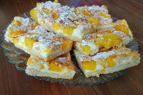pfirsich quark kuchen blech quark streuselkuchen mit pfirsich emi 180 s food