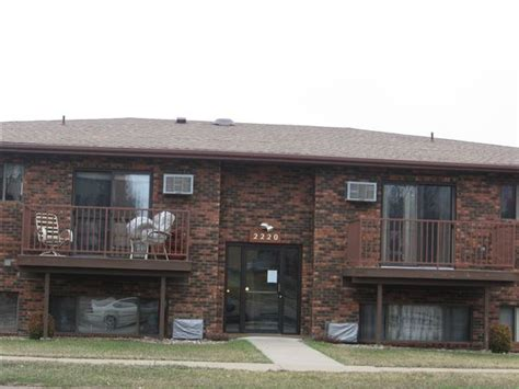 2 bedroom apartments for rent in bismarck nd 2220 e divide ave bismarck nd 58501 rentals bismarck nd apartments com