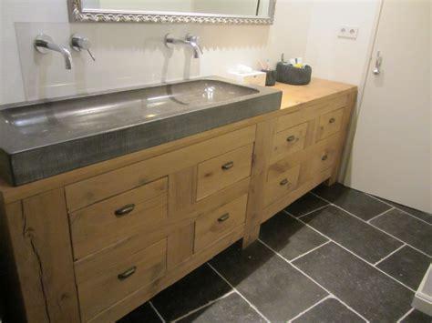 natuursteen badkamermeubel exclusief houten badkamermeubel in rustiek eikenhout met