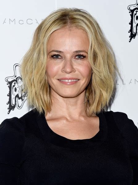 chelsea handler chelsea handler short wavy cut hair lookbook stylebistro