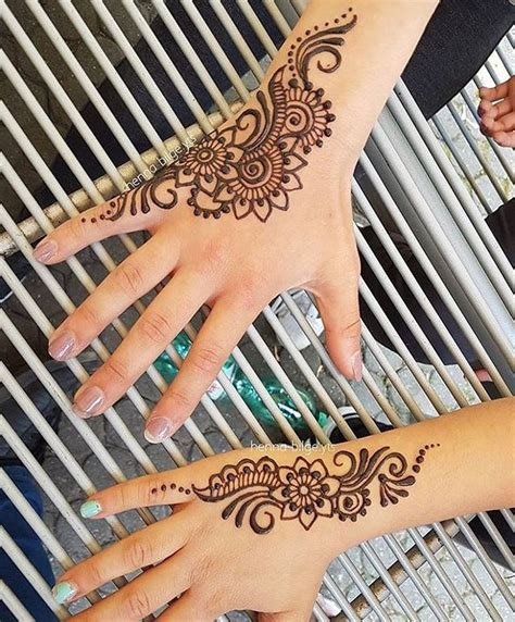 henna design meaning family 25 best ideas about henna designs on pinterest henna