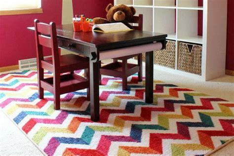 tappeti moderni colorati 18 bellissimi tappeti colorati originali e dinamici