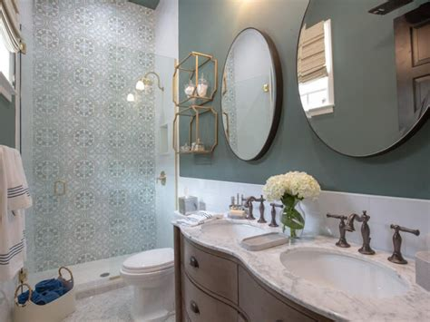 new orleans style bathroom property brothers take new orleans bedrooms bathrooms