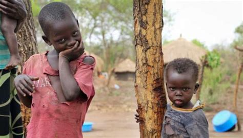 Tenda Anak Tulungagung potret kehidupan anak anak pengungsi uganda utara foto