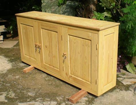 Lemari Kayu Panel perabot kayu sederhana simply wood furniture lemari