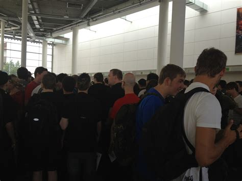 waren eingang das wiidatabase team auf der gamescom 2012 wiidatabase