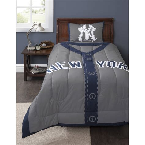 New York Giants Comforter by Nfl New York Giants Bed In A Bag Complete Bedding Set