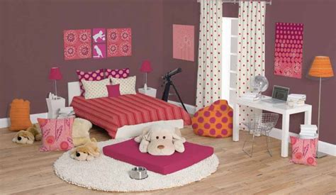 merancang kamar tidur  lucu dunia wanita