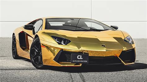 gold lamborghini aventador wallpaper