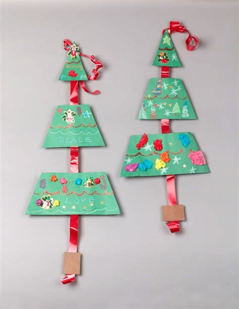 christmas triangle tree trimming craft crayola com
