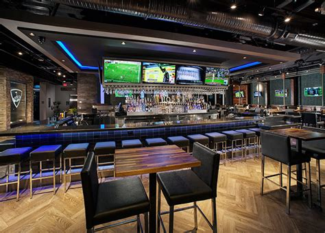 top golf bar topgolf atlanta midtown the ultimate in golf games food