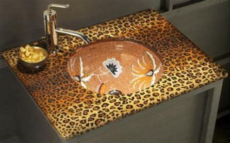 cheetah bathroom 1000 ideas about cheetah print bathroom on pinterest