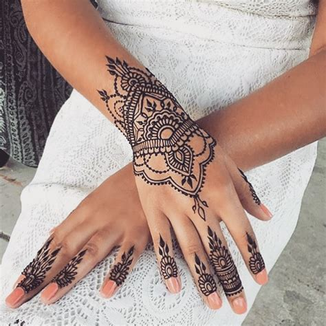 wrist tattoo instagram henna4 u on instagram henna henna4 u love