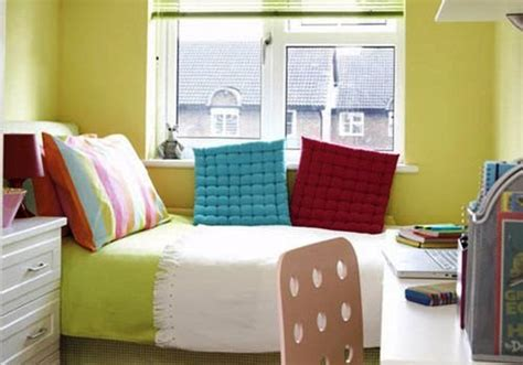 30 mind blowing small bedroom decorating ideas creativefan 30 mind blowing small bedroom decorating ideas creativefan