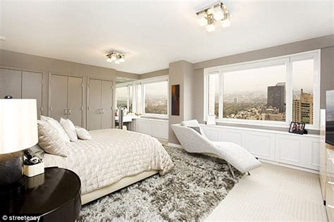 6 bedroom apartment nyc geraldo rivera plops down 5 6m for new york apartment