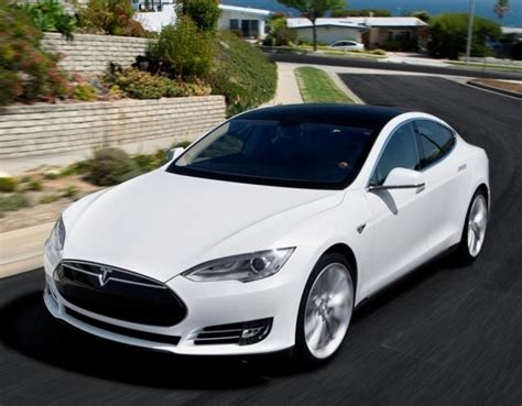 Tesla S Mpg Fuel Economy A Car Buying Guide Kelley Blue Book