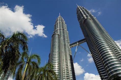 Malaysiapenangkuala Lumpursouvenir Kaos Malaysia Petronas frequent flier travel guide to kuala lumpur malaysia