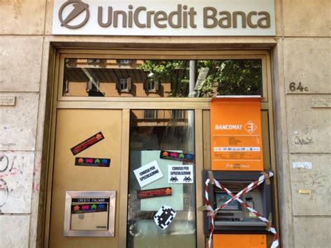 popolare di sondrio filiali roma foto trast invaders quot chiudono quot le banche quot sanzionare i