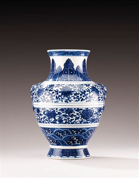 Ming Dynasty Marks On Vases by A Ming Style Blue And White Vase Hu China Qing Dynasty