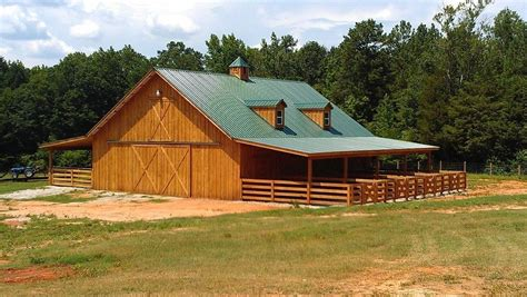 Gambrel Homes by Georgia Farmworks Llc Horse Barn Construction