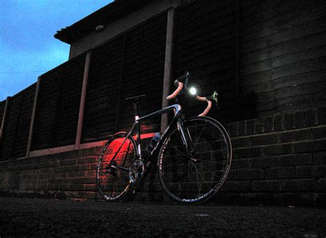 cycling lights for night riding buyer s guide front lights