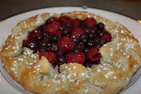 blueberry peach crumble the best ina garten recipes summer fruit crostata ina garten recipe genius kitchen