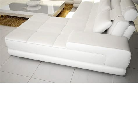 bonded leather sectional dreamfurniture com 5005 modern bonded leather