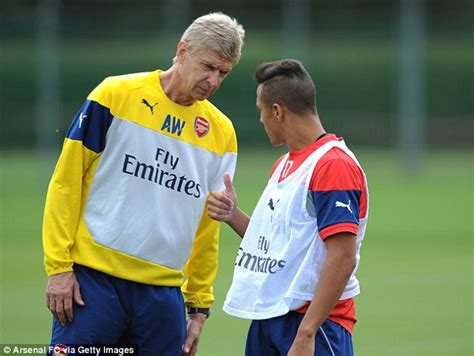 alexis sanchez individual achievement arsene wenger keeping arsenal in the mix during barren