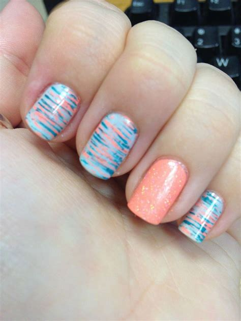 brown fan brush best 25 fan brush nails ideas on striped nail