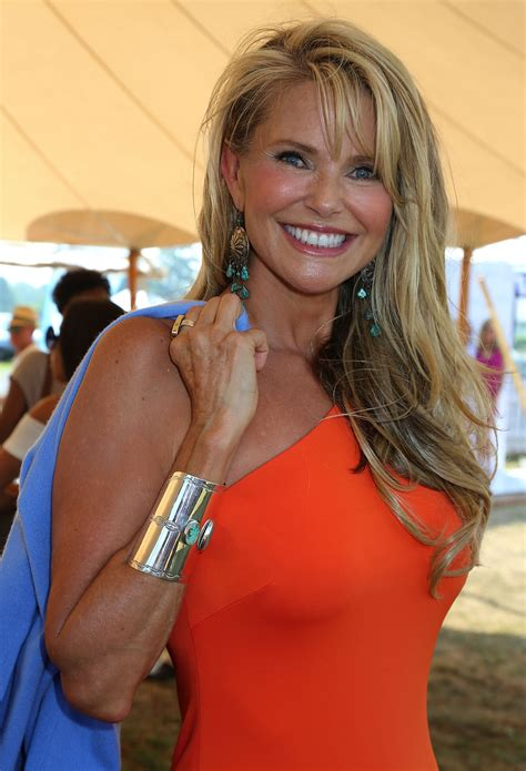 is 59 old christie brinkley defies age looks better than ever