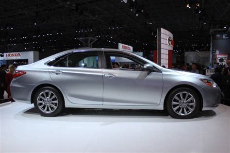 Toyota Camry Hybrid 2016 2016 Toyota Camry Hybrid Release Date Review Mpg Specs