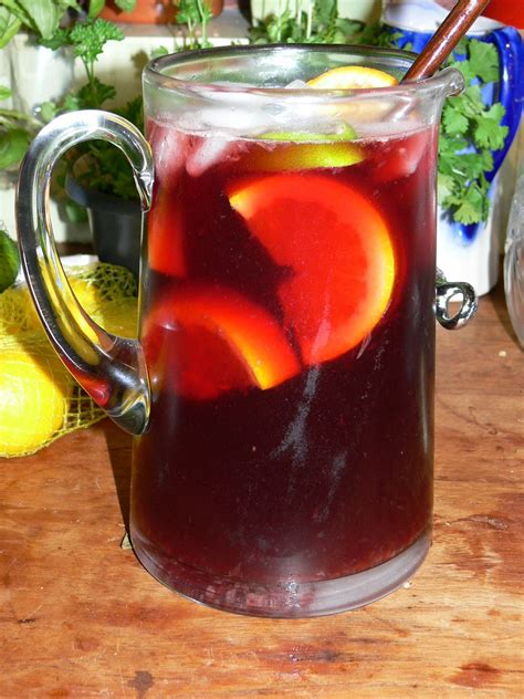 classic spanish sangria recipe dishmaps
