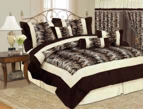 7 pcs comforter bedding set animal print design queen