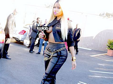 Nicki Wardrobe Pictures by Nicki Minaj Steps Out Without Putting On A Shirt Toofab