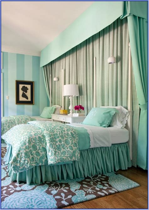 Green Bedroom Decorating Ideas by 15 Awesome Green Bedroom Design Ideas Decoration