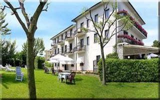 Motorrad Hotel Gardasee by Motorradhotels In Gardasee