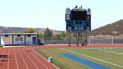 Westlake High School Westlake High Football Team Member Arrested For Alleged Sexual Assault During Hazing 171 Cbs Los