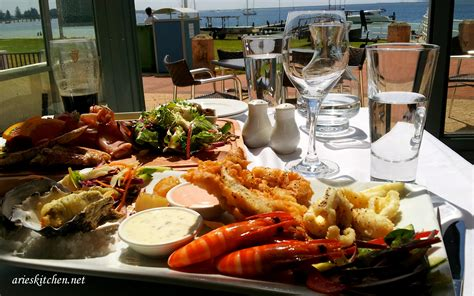 late lunch at s on the boardwalk rockingham arie s