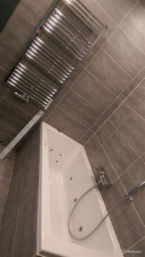 kosten badkamer verwijderen toilet betegelen kosten