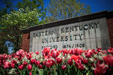 Eku Search Tour Of Eku Office Of International Student And Scholar Services Eastern